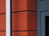 Keramická odvetrávaná fasáda, systém Faveton